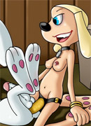 Sex starving blonde toon babe showing her blowjob skills to black big cocked porter.